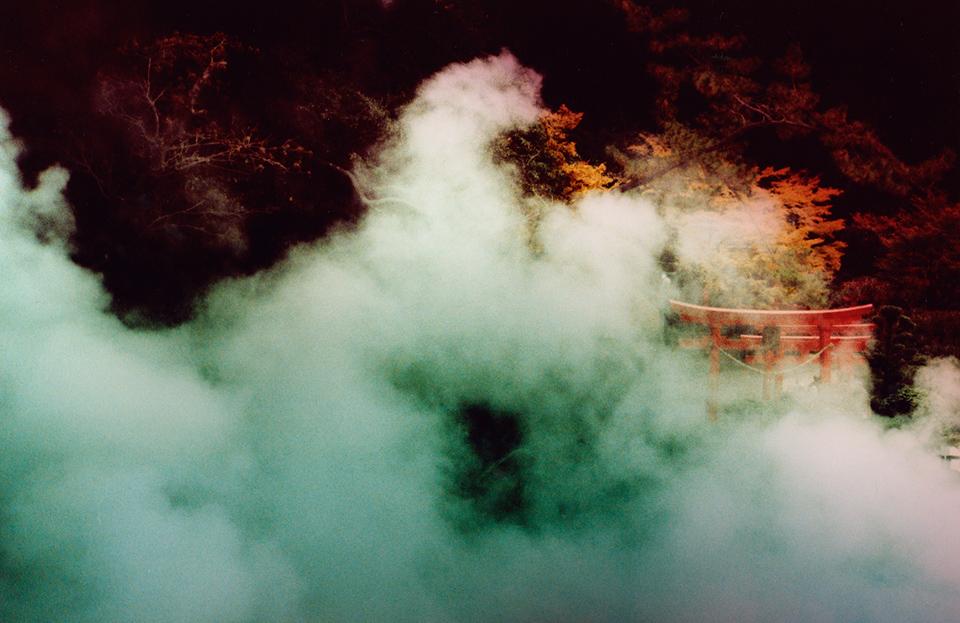 Torii, Beppu, 2015, © Sean Lotman