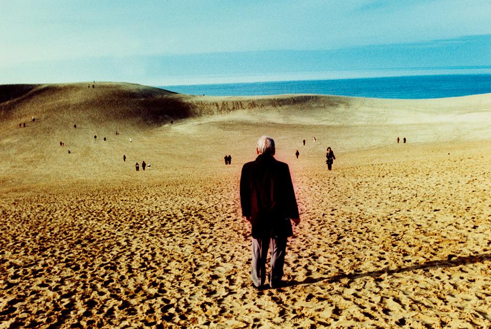 Desert Man, Tottori, 2014 © Sean Lotman